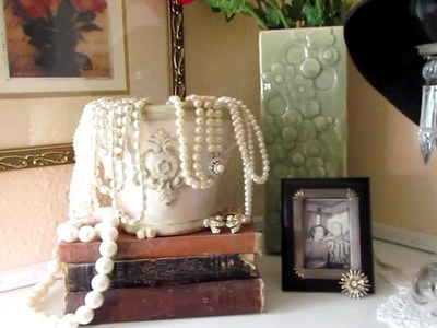 "My Vintage Shabby Chic ""girl cave"" room tour - 2011"