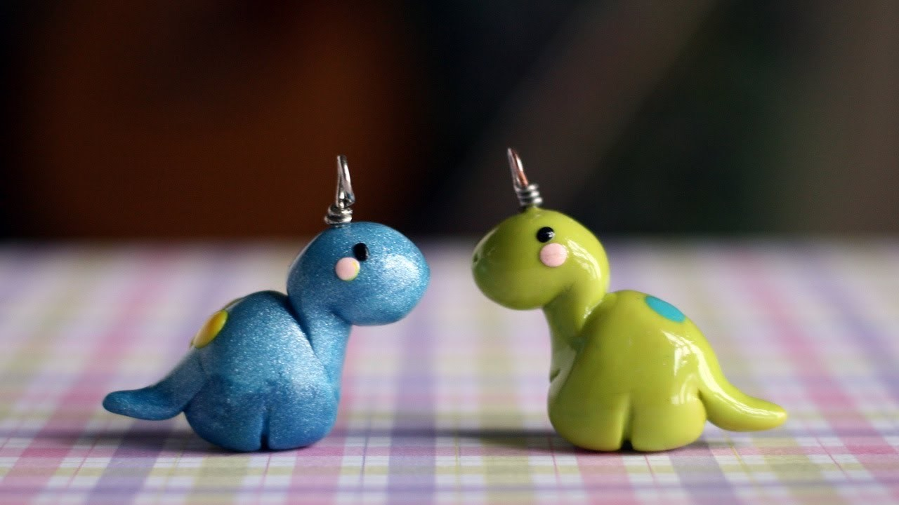 Tutorial: Dinosaur polymer clay charm