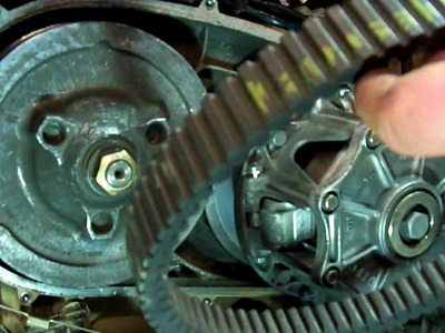 ATV DRIVE BELT REPLACEMENT ON A 2004 KAWASAKI PRAIRE 700 4X4 (NO TOOLS NEEDED)