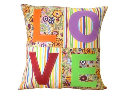 Cushion cover tutorial with free pattern by Lisa Pay