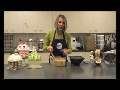 How To Make A Giant Cupcake