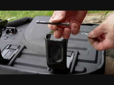 How to make your Jeep WJ rear seats quick to remove to give more boot space