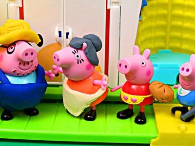 Peppa Pig Play-Doh Farm ✯ Peppa Pig Family Nickelodeon Julius Jr Amusement Park DisneyCarToys