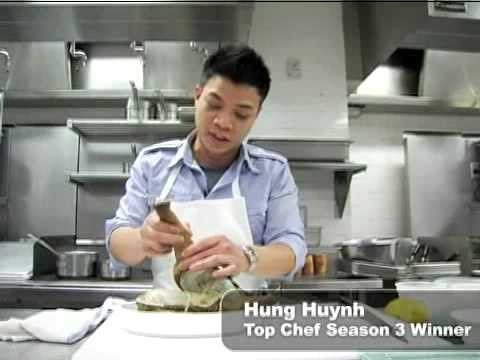 Top Chef Shows How to Cook a Geoduck