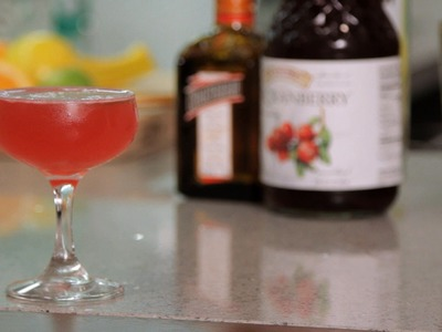 How to Make a Cosmopolitan | Cocktail Recipes