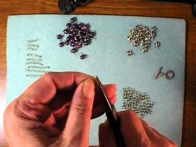 Purple Pearl Bracelet Tutorial