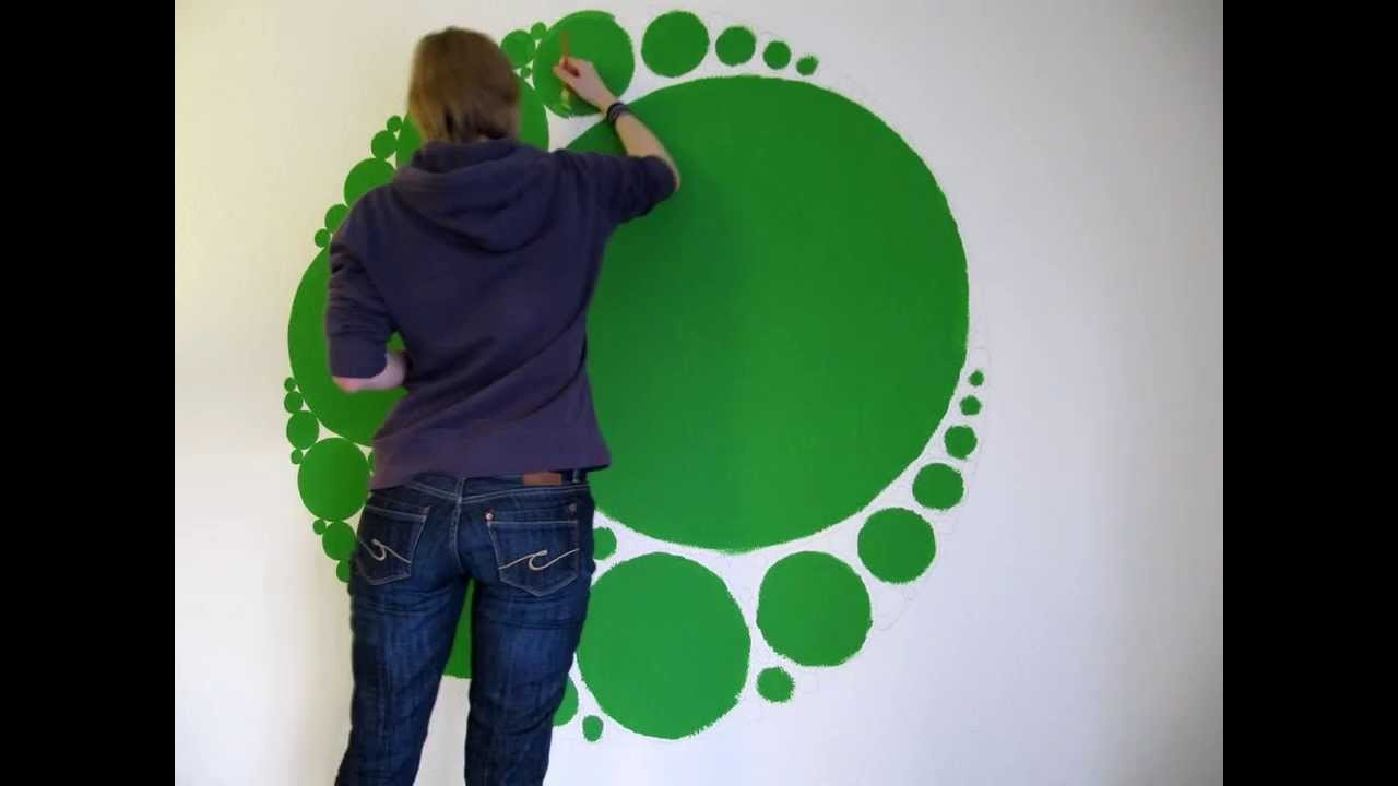 Timelapse circle-fractal wall painting