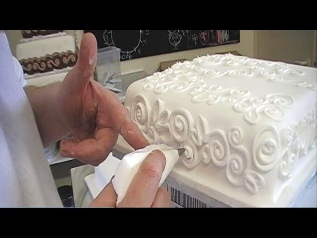 CAKE DECORATING ROYAL ICING PIPING TECHNIQUES. HOW TO PIPE A CAKE BORDER FOR BEGINNERS