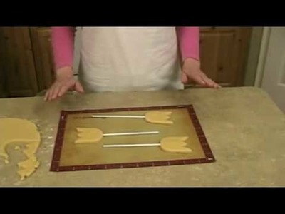 Cookie Decorating: Baking Cookie Pops