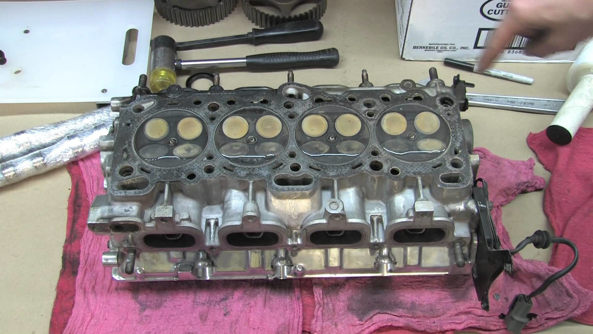 Cylinder Head 102 - Hydro Test Valves