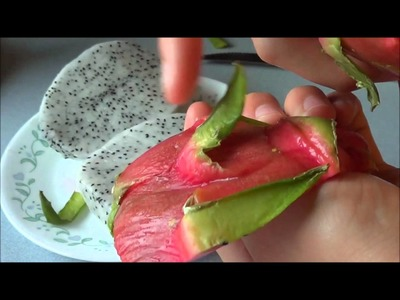 How to Prepare and Eat a Dragon Fruit