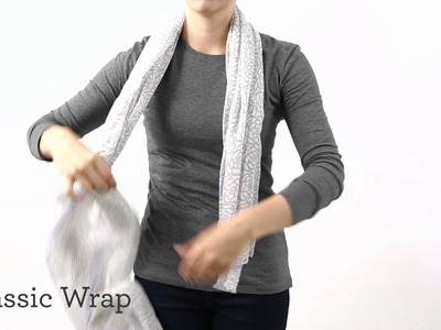 HOW TO TIE A SCARF – THE CLASSIC KNOT