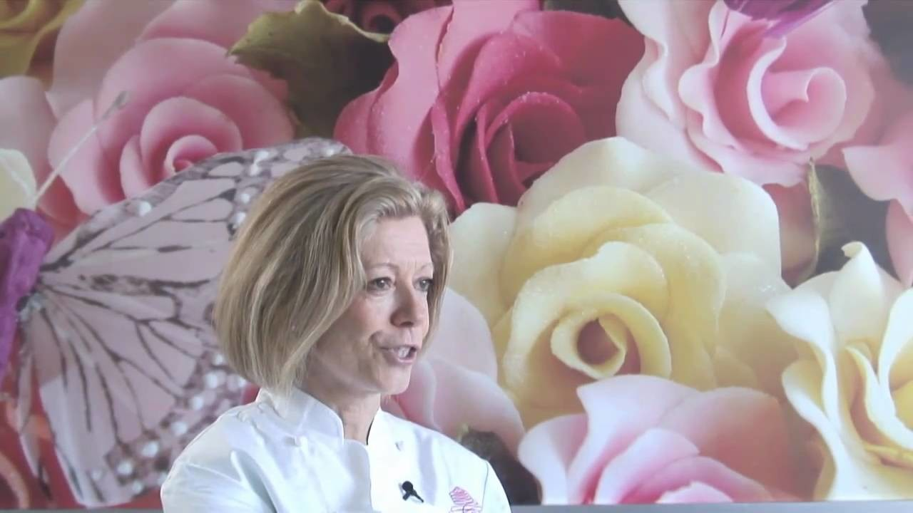 The Royal Wedding Cake Designer - Fiona Cairns