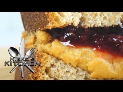 PEANUT BUTTER & JELLY SANDWICH - VIDEO RECIPE
