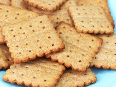 How to Make Homemade Graham Crackers!
