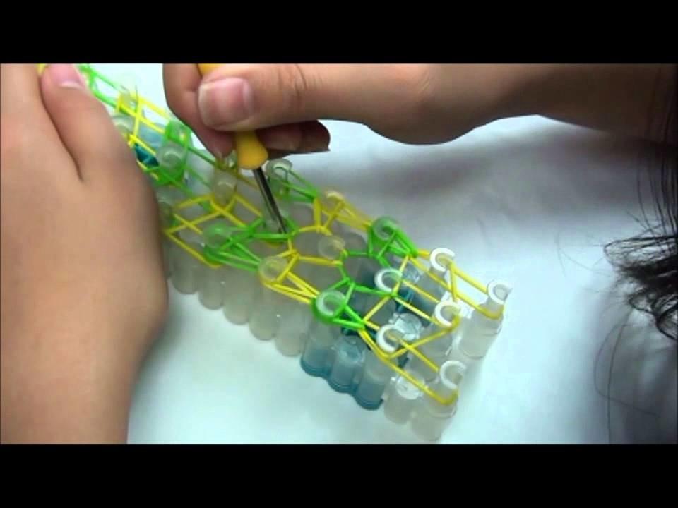 "(OLD) Lesson 4: ""Double Forward Rhombus"" pattern Rainbow Loom® bracelet"