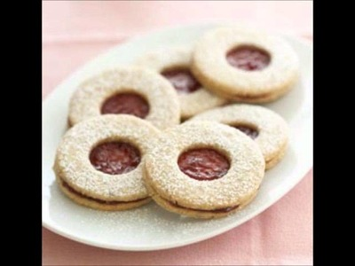Discover Mrs. Fields' Linzer Cookies Secret Recipe!