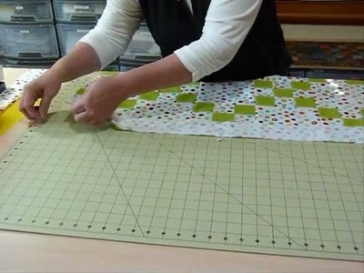 How to attach borders to your quilt - Quilting Tips & Techniques 085