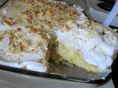 InTheKitchen: Banana Pudding Cake