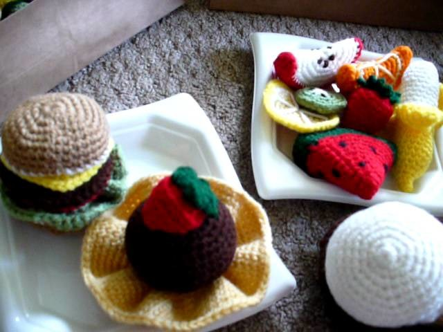Amigurumi - Food (No Audio)