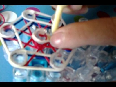How to make a charm out of rainbow loom