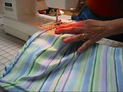 (7) Little Striped Cushion -Sewing On Piping