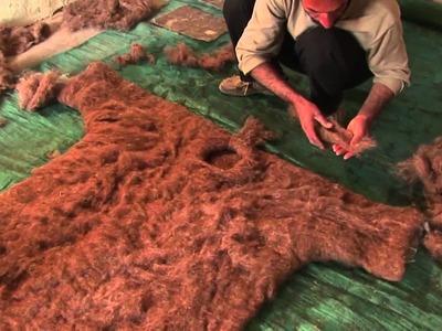 Bita Ghezelayagh feltmaking in Iran (full version)