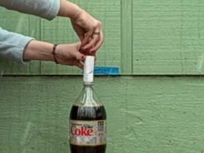 Diet Coke & Mentos Science Fair Project