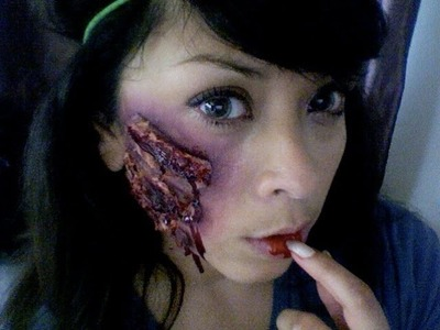 DIY Bloody Scar Makeup tutorial for halloween!