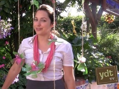 How to Make Hanging Flowers Out of Recycled Plastic Bottles : Your Daily Thread