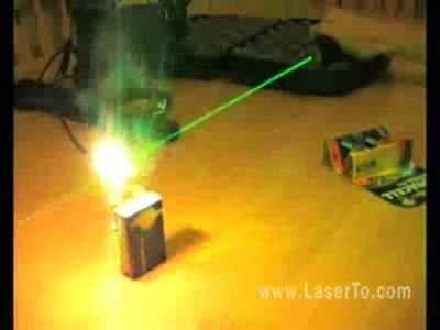 How can a green laser pointer make big fire