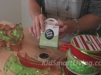 How to Make Christmas Tree Garlands Using Holiday Ribbon