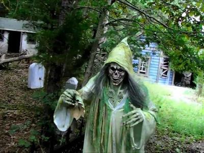 Ultimate Spectre Ghost Halloween Costume