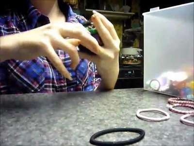 How to make a ponytail holder.rubberband ball