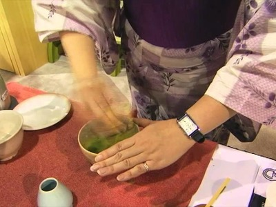 How to Make Matcha - Japanese Green Tea with Ito En - Video Sponsored by  Summit Tea