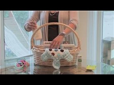 Baby Showers : How to Make a Baby Shower Gift Basket