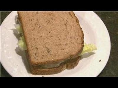 Sandwich Recipes : How to Make a Tuna Sandwich