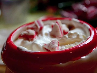 Peppermint Hot Chocolate | Holiday Gift Idea #4