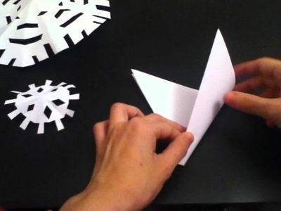 How To Make Paper Snow Flakes