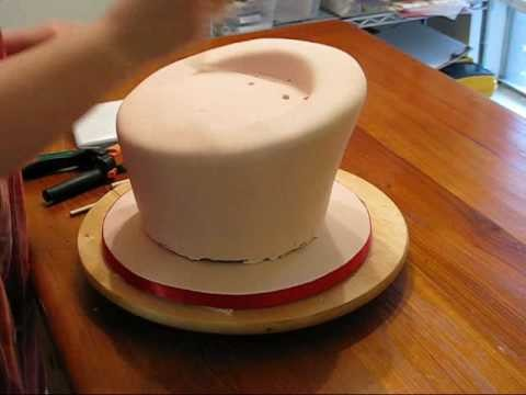 How to Make a Topsy Turvy cake