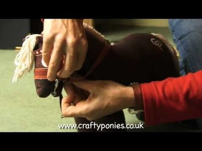 PONY LESSONS: How to play a tacking up game