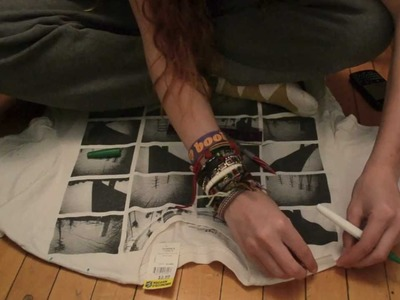 D.I.Y. cutting t-shirts into tank tops