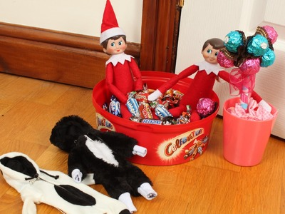 How to get the elf on the shelf to change clothes