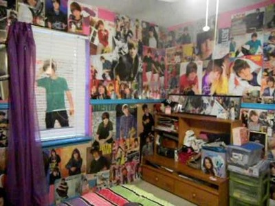 Justin Bieber's BEST Belieber Room! EVER!