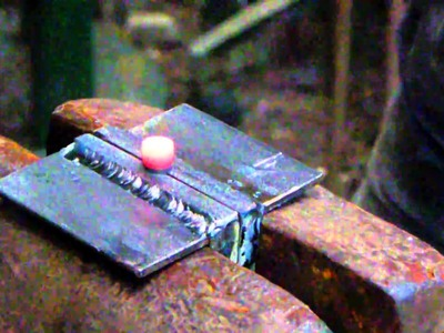 Blacksmithing, how to make blacksmith rivets 001