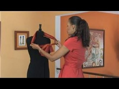 Dressing After 50 : How to Tie a Summer Scarf