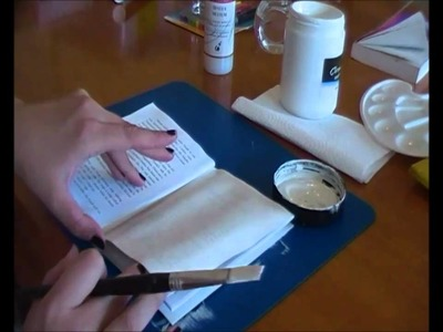 How I gesso a book journal