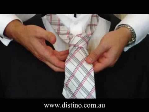 How to Tie a Tie - Expert Instructions on How To Tie A Tie