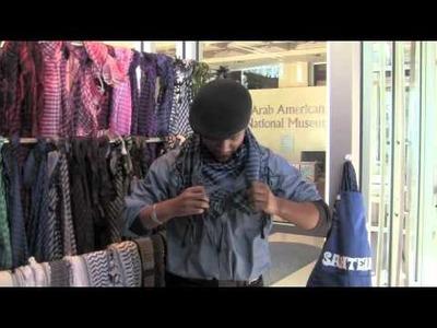 How to wear a keffiyeh