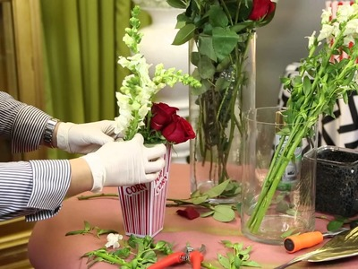 Ideas for Making a Centerpiece for the Oscars : Decor for Birthdays & Other Parties